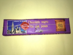 Chocolate 300gr ron con pasas.